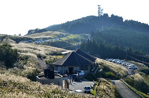 山の家おいし、駐車場